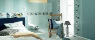 Оклейка стен разными обоями: комбинированными, стеклообоями, двух цветов, можно ли клеить декоративный камень на обойное покрытие, на фанеру, как обклеить арку